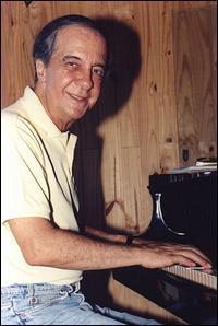 Mario Castro-Neves