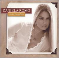 Daniela Romo - Es la Nostalgia